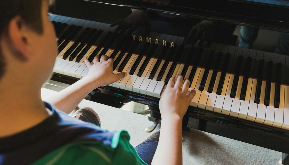La Diputació inverteix mig milió d'euros en ajuts per finançar les activitats de les escoles de música municipals
