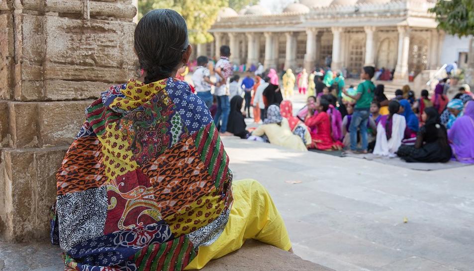 Les autoritats índies estan analitzant si la nena vol tornar al seu país d'origen o romandre a Espanya.