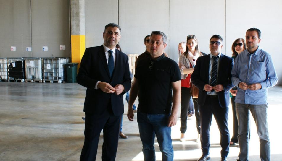 El conseller delegat d'Hife, Josep M. Chavarría, durant la visita a les instal·lacions.