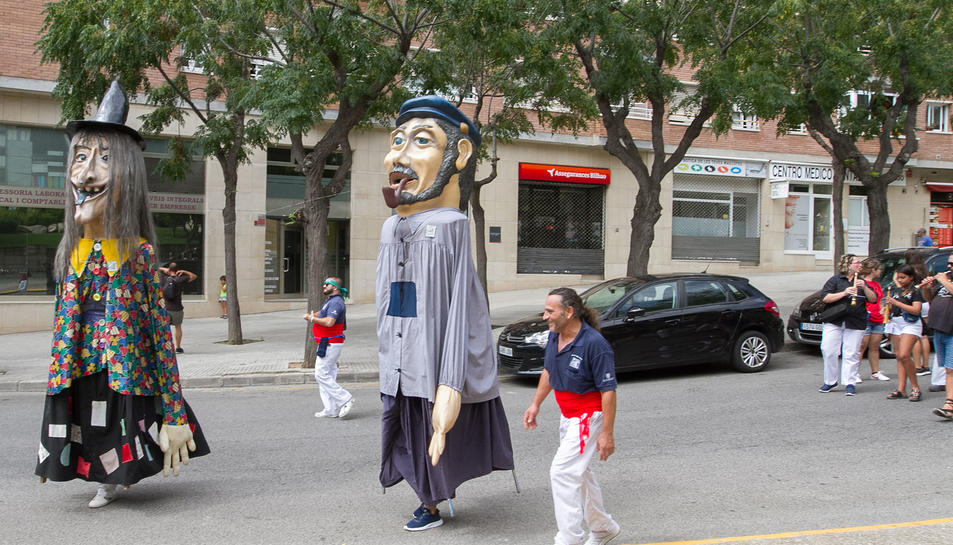 El encuentro de gigantes de las fiestas de Sant Pere y Sant Pau