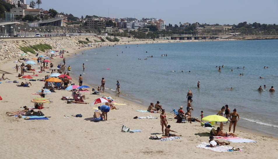 La platja del Miracle de Tarragona, en una imatge del passat 2 d'agost.