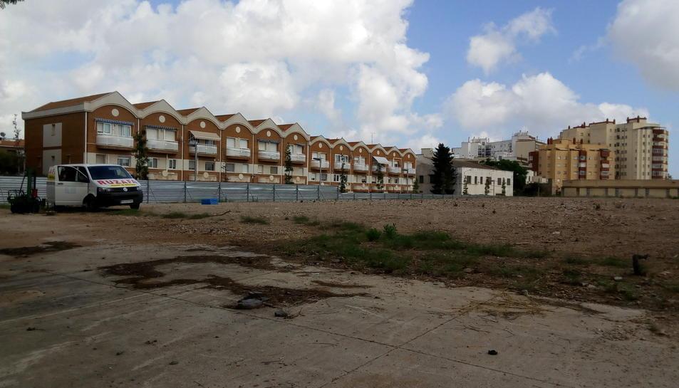 L'arquitecte municipal i la Urbana van interpel·lar l'únic operari.