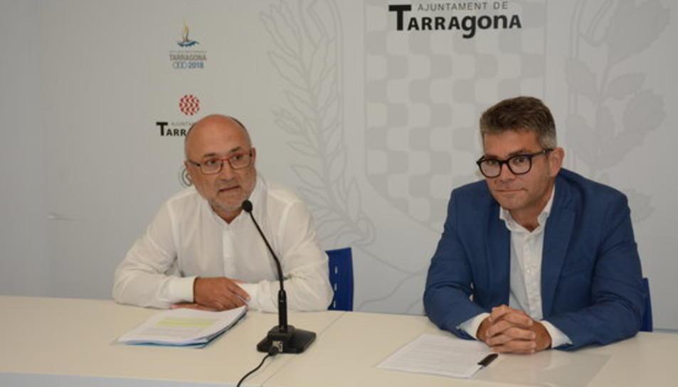 El regidor de Desenvolupament Econòmic de l'Ajuntament de Tarragona, Francesc Roca, i el regidor de Promoció Econòmica de l'Ajuntament de Reus, Marc Arza.