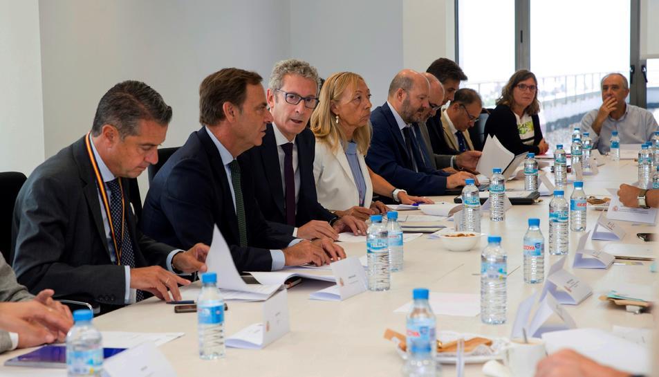 El jutge José de la Mata durant la reunió amb representants de les comunitats autònomes pel cas iDental.