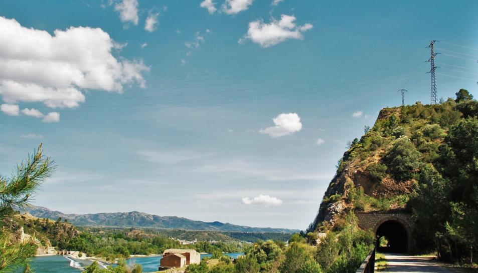 Imatge d'un punt del recorregut per la Via Verda de la Val de Zafán.