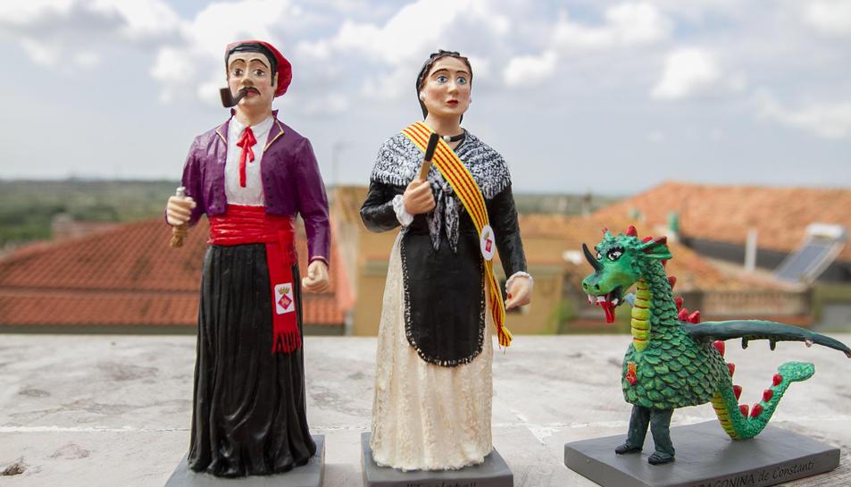 Les miniatures són peces úniques i estan elaborades amb marmolina i pintades a mà.