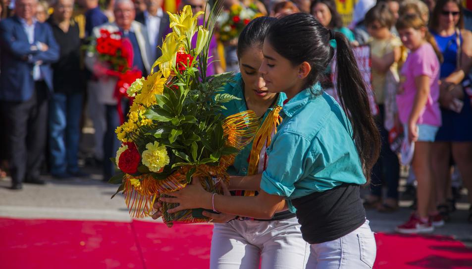 GALERÍA: La ofrenda floral de la Festividad a Rafel Casanova (5)