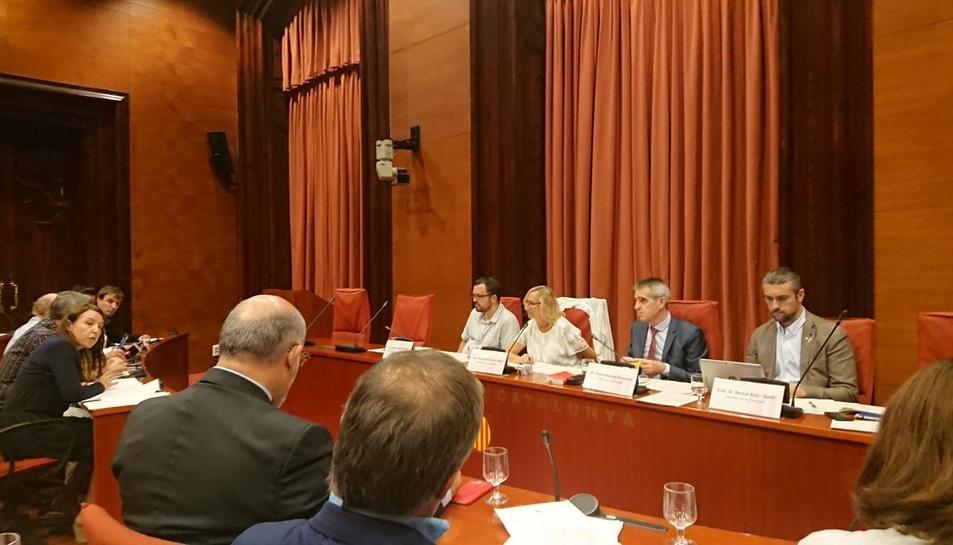 Les propostes es van aprovar en la Comissió de Territori del Parlament celebrada ahir.