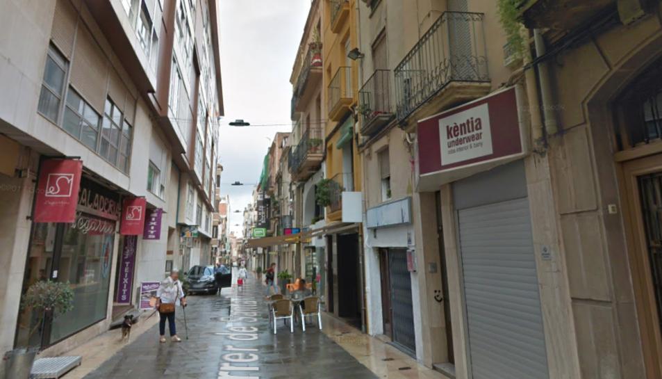 Els fets es van produir la matinada del passat 11 de setembre al carrer Santa Teresa de Reus.
