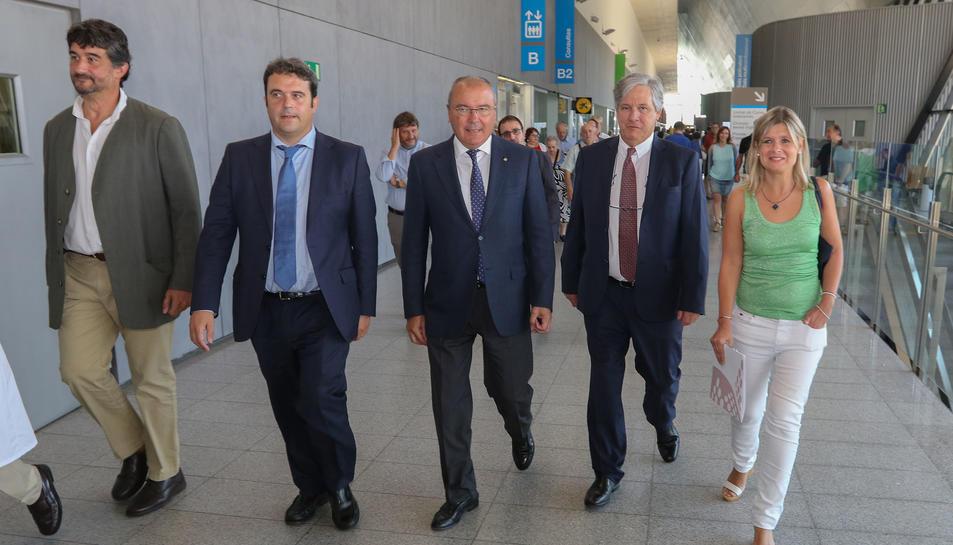 Mateu Huguet Recasens acompanyat per Carles Pellicer, alcalde de Reus.