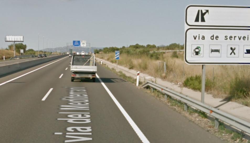 L'accident s'ha produït al quilòmetre 1.149 en direcció Tarragona.
