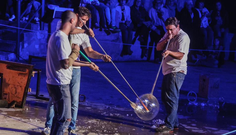Les demostracions de l'art del vidre són un dels plats forts de la festa.