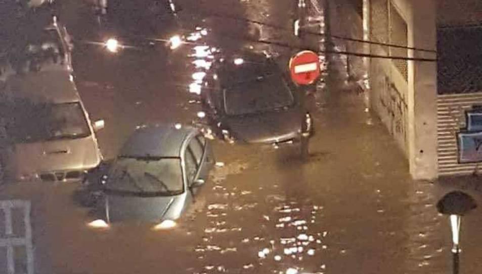 CArrers adjacents al carrer Reial, inundats, al barri del Port.
