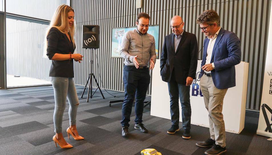 Imatge de la presentació de la primera edició de la fira de robòtica CatBot.