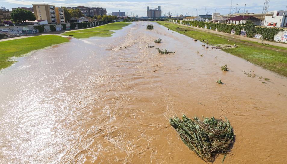 El riu Francolí augmenta el seu cabal a causa de la pluja
