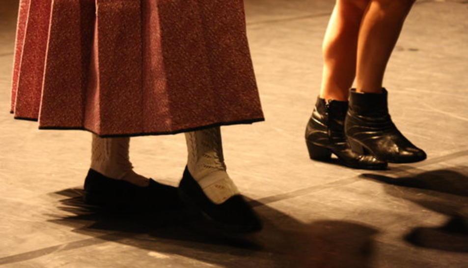 Imatge promocional de l'espectacle 'A vore', que reinventa la jota ebrenca.