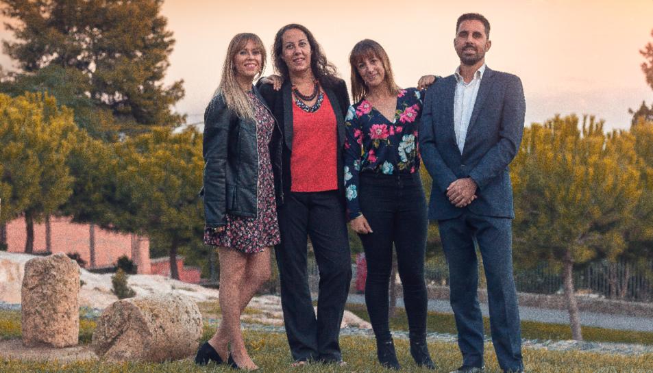 Les tres entrevistades i el quart membre fundador de l'associació, Jose Ferrándiz.