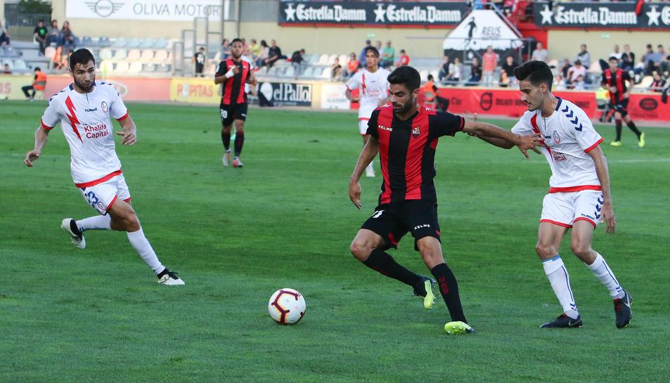 Imatge de Juan Domínguez durant el partit de diumenge passat contra el Rayo Majadahonda.