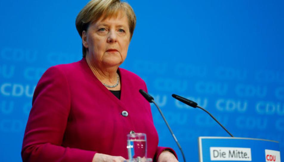 La canceller alemanya Angela Merkel durant la roda de premsa posterior a les eleccions estatals de Hesse a Berlín el 29 d'octubre del 2018.
