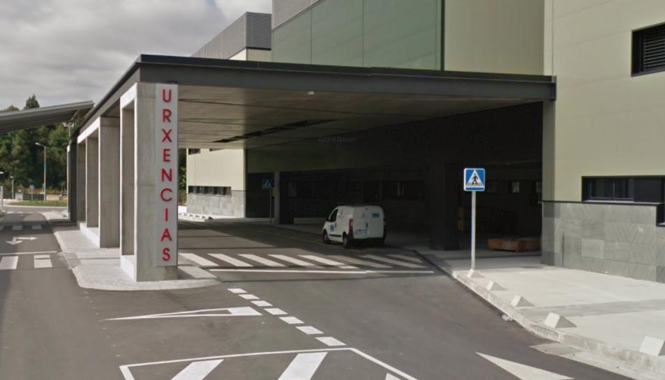 Imatge de l'entrada a Urgències de l'Hospital Álvaro Cunqueiro.