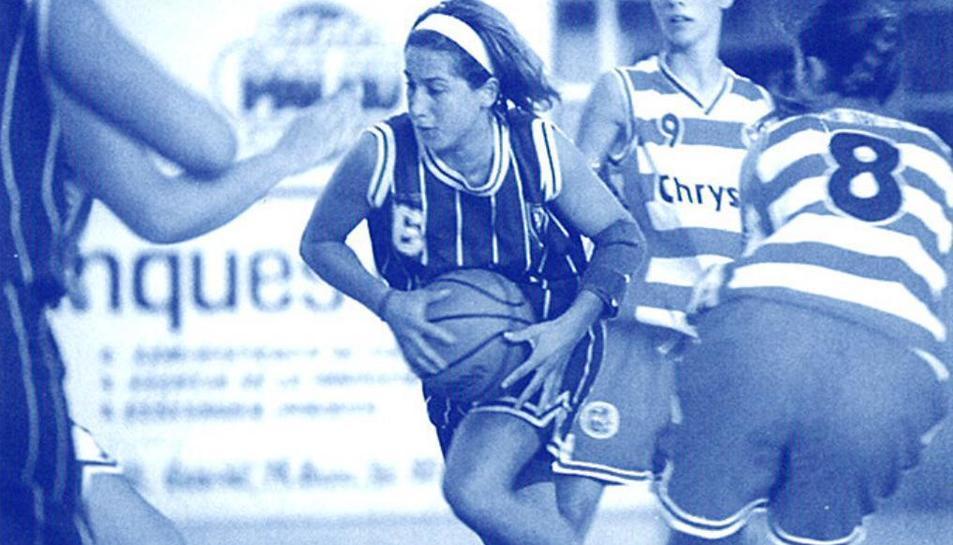 Imatge d'un dels enfrontament entre els equips femenins de Tarragona i Valls.