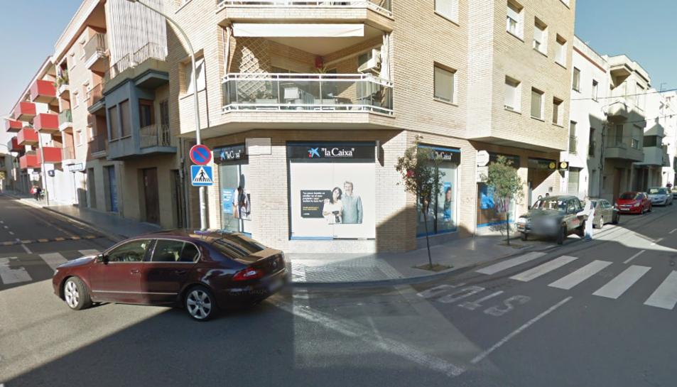 L'atracament s'ha produït a l'oficina que Caixabank té a l'avinguda Catalunya.