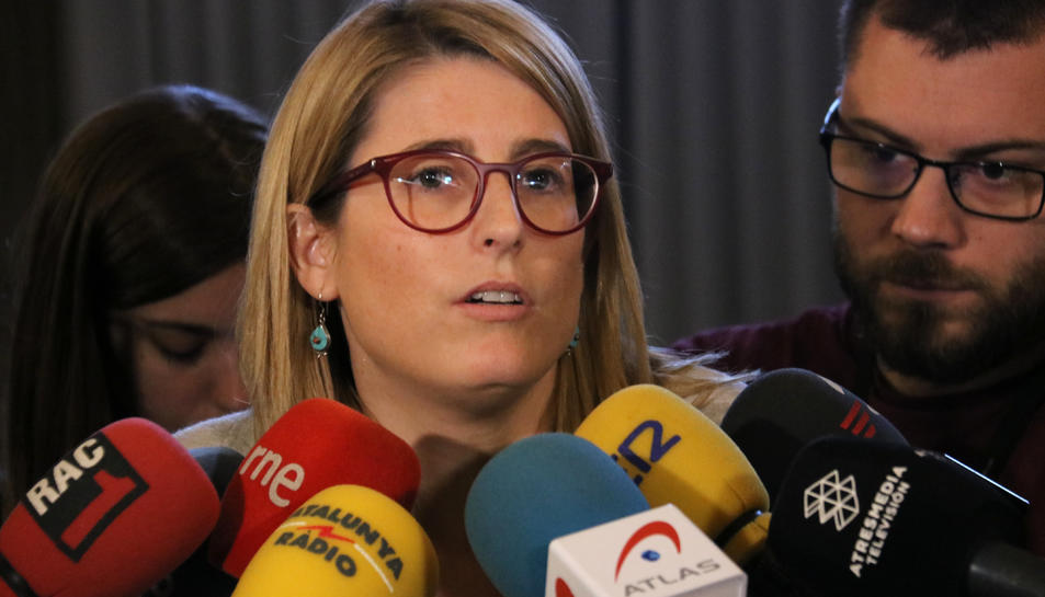La portaveu del Govern, Elsa Artadi, en un moment de la seva atenció als mitjans.