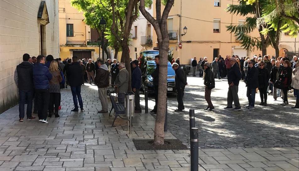 La cerimònia ha tingut lloc a l'església de Sant Pere de Torredembarra.