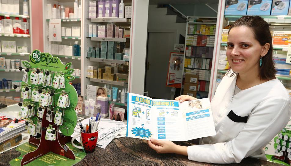 La Cristina coordina el grup de treball Prevenció de drogues des de la Farmàcia comunitària.