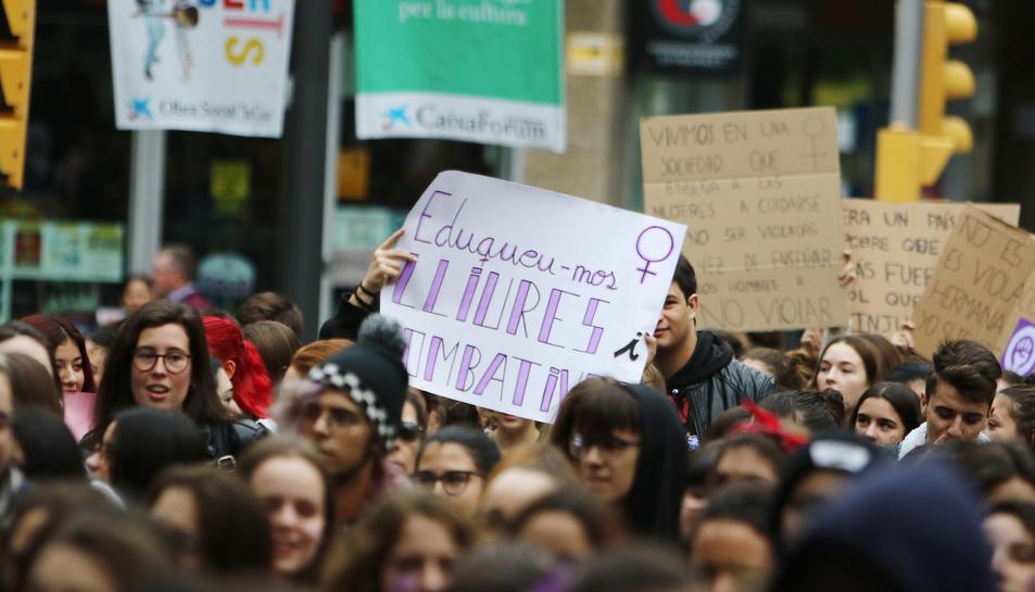 Manifestació d'estudiants contra el masclisme