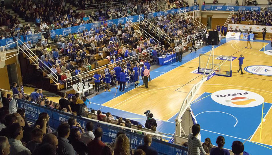 Imatge del Pavelló del Serrallo, l'indret de Tarragona on més es viu la intensitat del bàsquet.