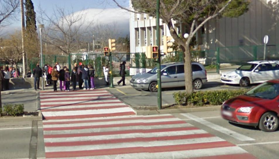 El conductor s'hauria saltat el semàfor en vermell mentre el nen creuava.