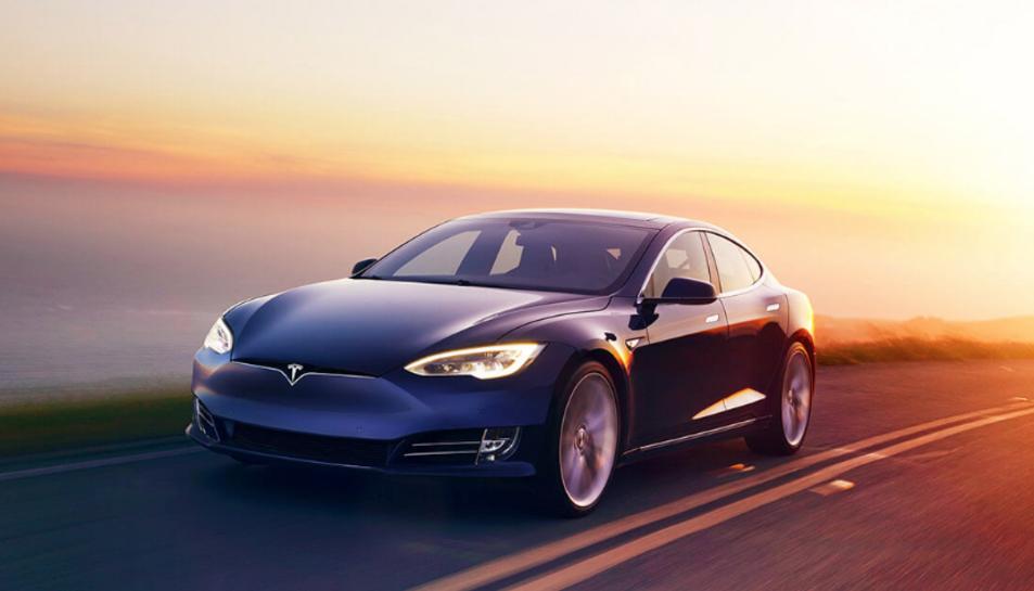 Imatge d'arxiu d'un Tesla Model S.