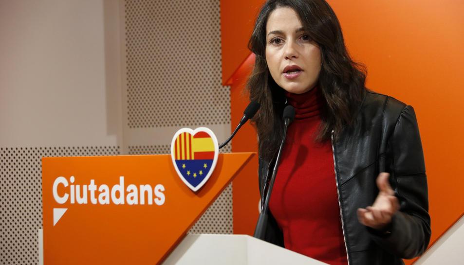 La líder de Cs a Catalunya, Inés Arrimadas, en roda de premsa a la seu del partit.