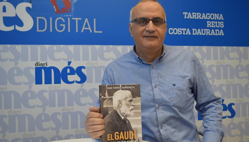 L'autor del llibre que recull informació de la vida i obra de Gaudí, aquest dilluns a Tarragona.