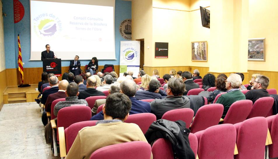 Pla general del Consell Consultiu de la Reserva de la Bioesfera de les Terres de l'Ebre que s'ha reunit a la Cambra de Comerç de Tortosa. Imatge del 14 de desembre del 2018 (horitzontal)