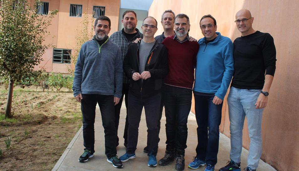 La primera imatge dels presos independentistes a Lledoners.