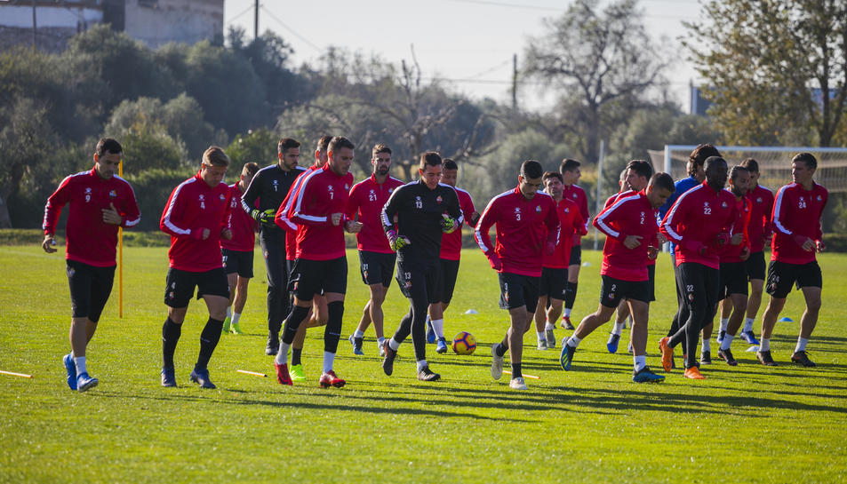 Si el club no paga els sous pendents, els jugadors no hauran de tornar a la feina dissabte.