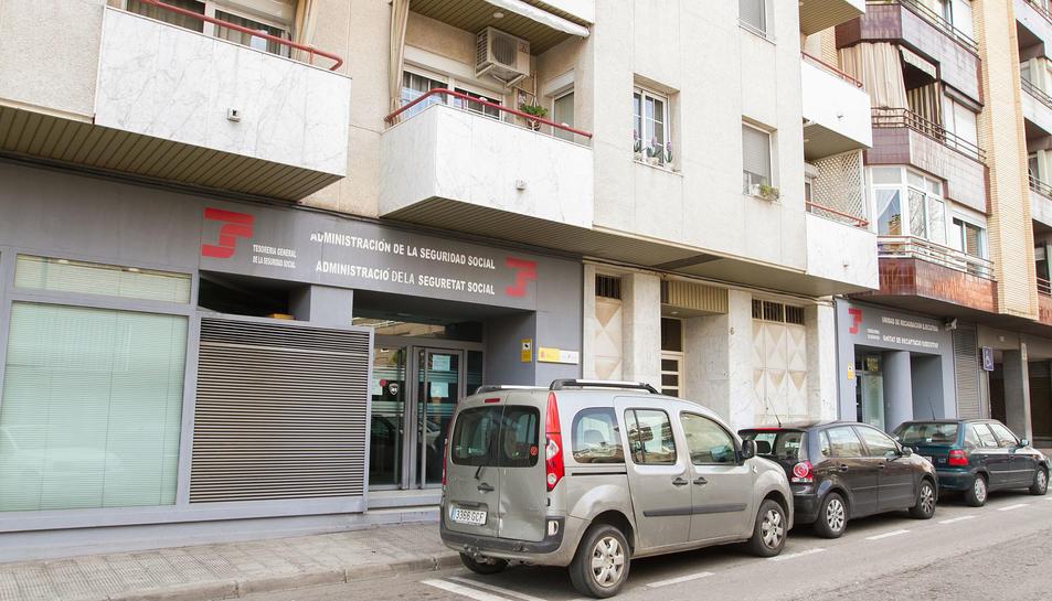 Una imatge d'arxiu de la façana dels números 4-8 del carrer Bertran de Castellet.