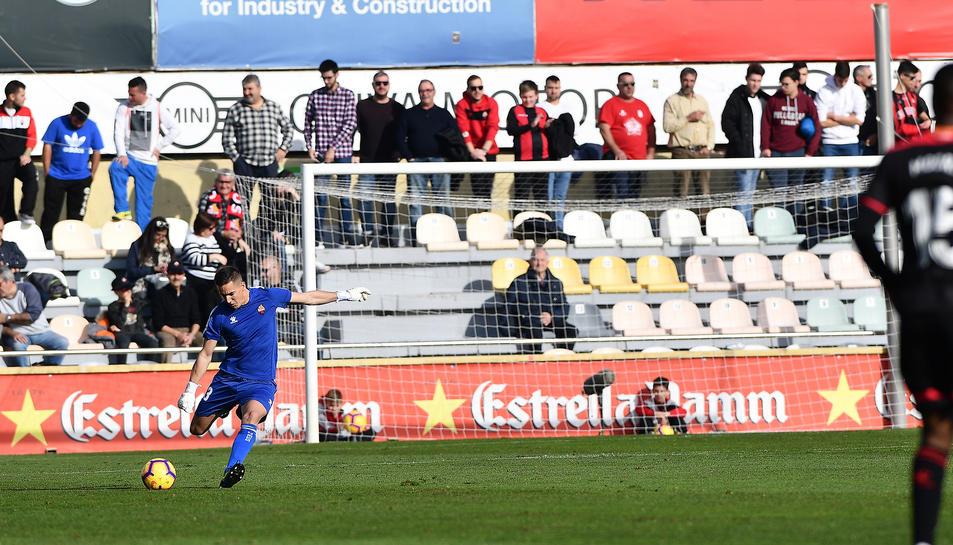 Edgar Badia en el partit disputat contra Osasuna