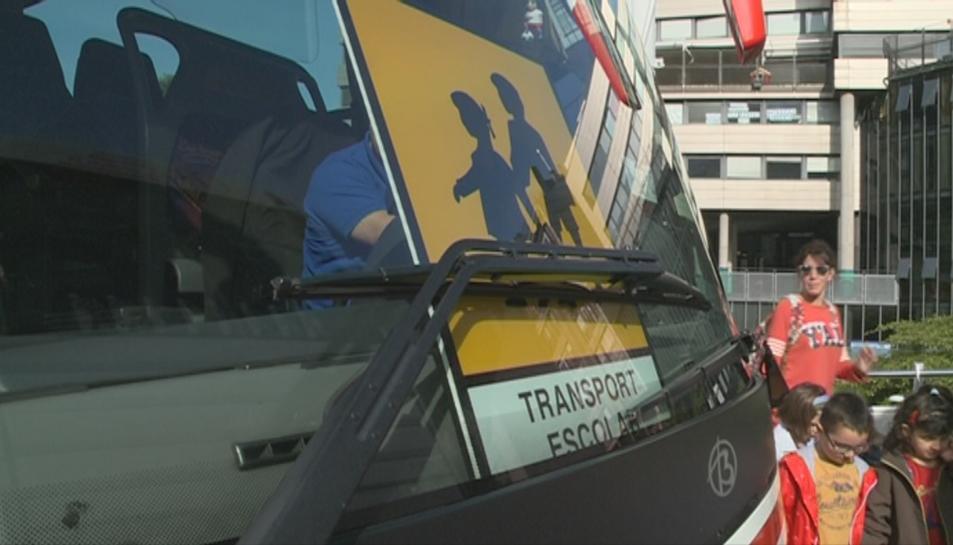 Imatge d'arxiu d'un autobús de transport escolar.