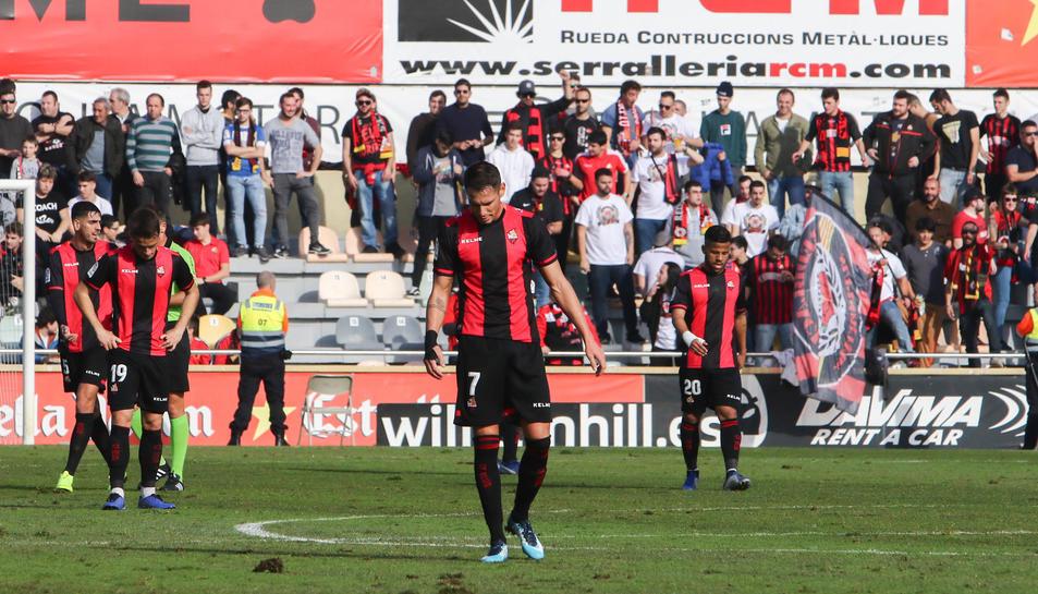 David Querol en primer pla, després de la derrota del Reus contra l'Osasuna en el darrer partit del 2018.