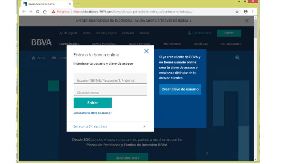 Els clients reben un mail que informa que la informació de seguretat no s'ha actualitzat correc