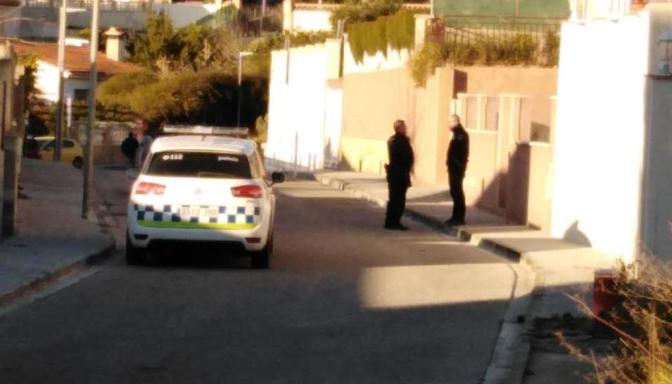La patrulla de la Policia Local de Calafell que va actuar en l'incident