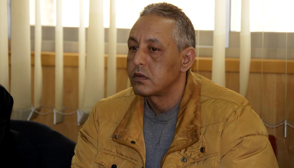 L'acusat de matar la seva exparella a Salou, Abderrahmane H., a l'inici del judici a l'Audiència de Tarragona.
