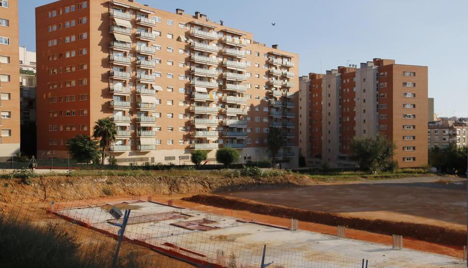 Pla general dels terrenys i fonaments del que ha de ser el nou edifici del campus Catalunya.