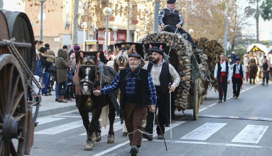 Els carruatges han desfilat per l'avinguda Ramon d'Olzina.