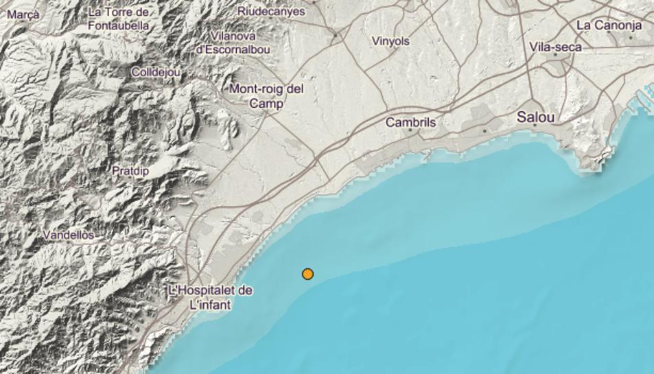 El punt groc marca l'epicentre del terratrèmol, produït al mar a 14 quilòmetres de Cambrils.