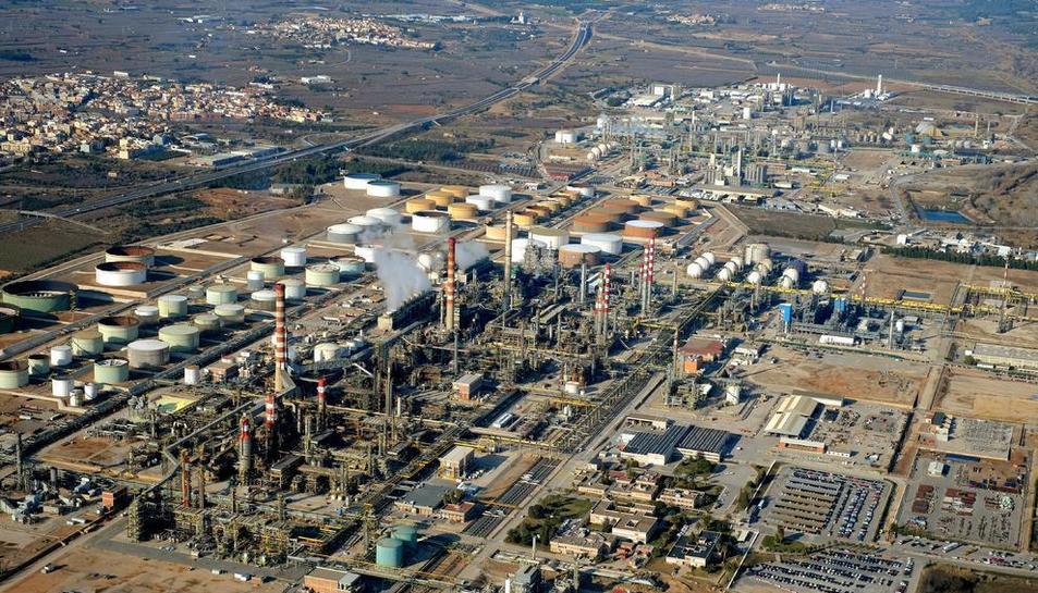 El polígon químic nord, en una vista àeria, d'imatge d'arxiu.