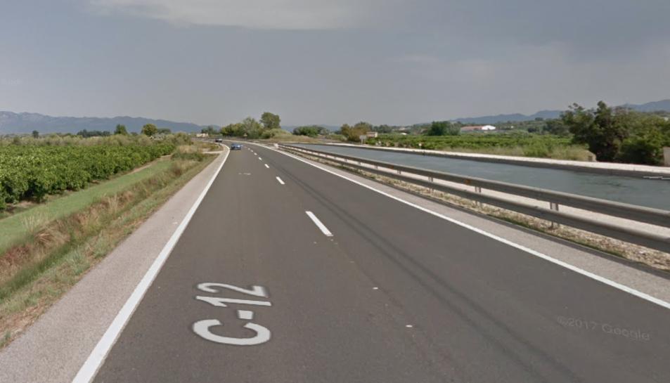 Imatge de la C-12, carretera que uneix Amposta i Tortosa.
